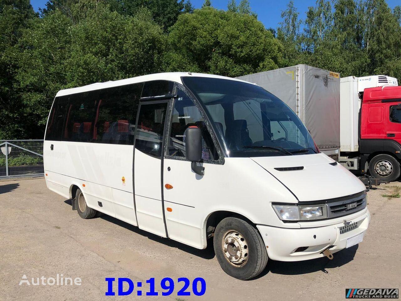 IVECO Wing autobús de turismo