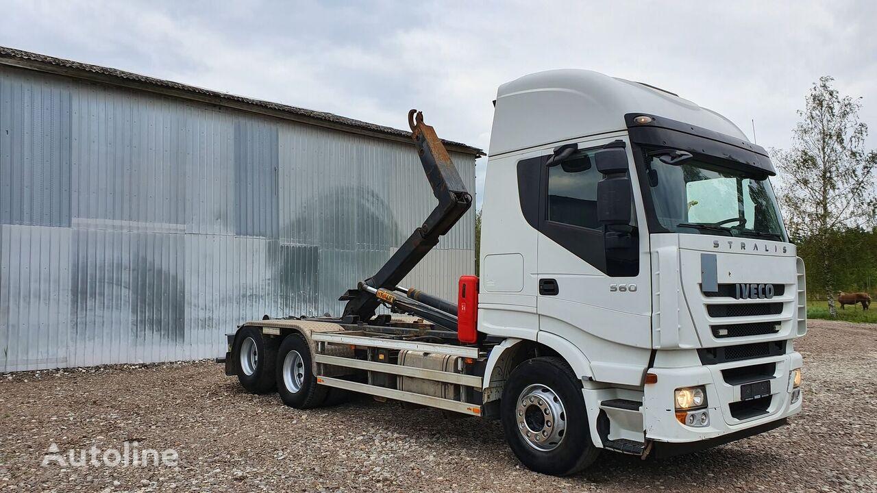 IVECO STRALIS 560 camión con gancho