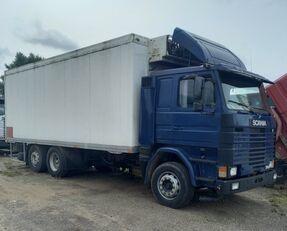 SCANIA 113-360 camión isotérmico