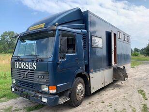 VOLVO Fl 7 camión isotérmico