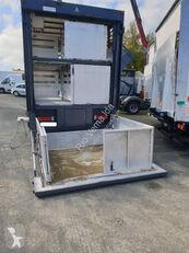 RENAULT Premium camión para transporte de ganado
