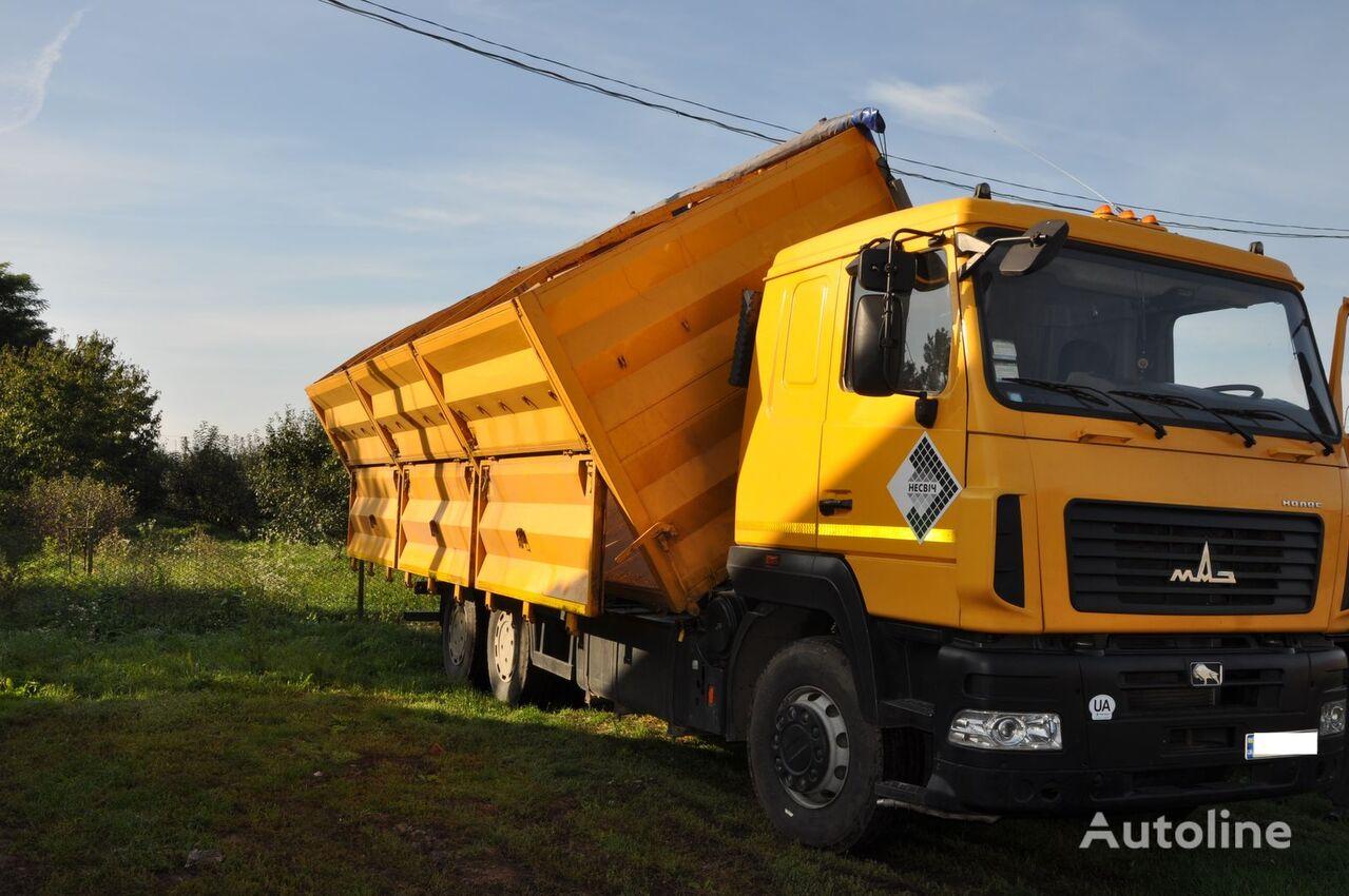 transporte de granos MAZ 6501A8