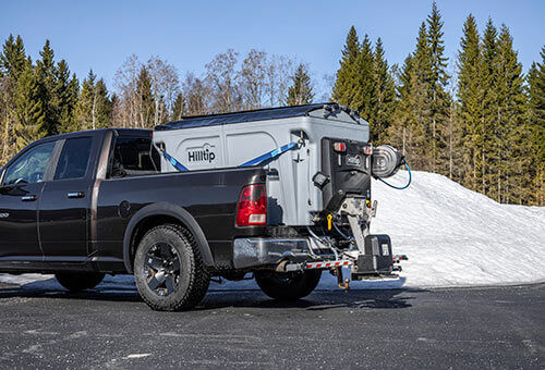 Hilltip IceStriker™ 550, 850 & 1100 for pickups and light truck esparcidor suspendido de sal nuevo