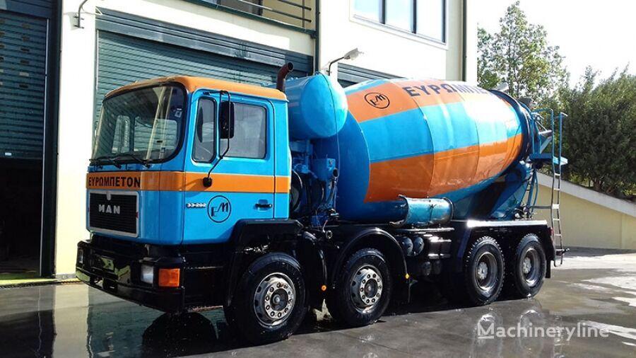 MAN 33.292 8CH4 camión hormigonera