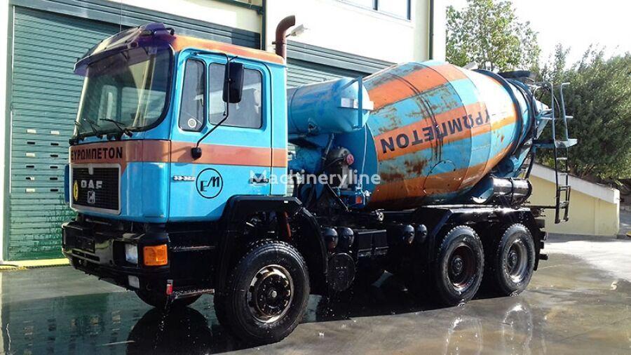 Liebherr  en el chasis MAN 33.322 6x4 camión hormigonera