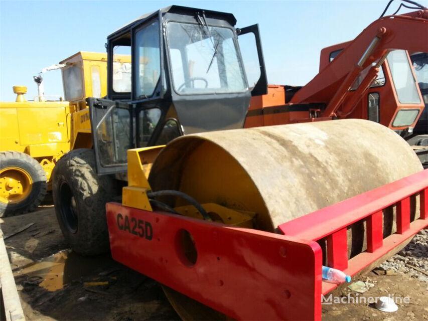 DYNAPAC CA 25D compactador de tierra