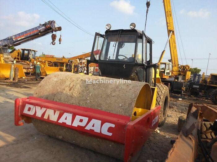 DYNAPAC CA30D  compactador de tierra