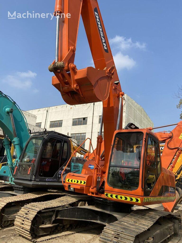 DOOSAN DH220 excavadora de cadenas
