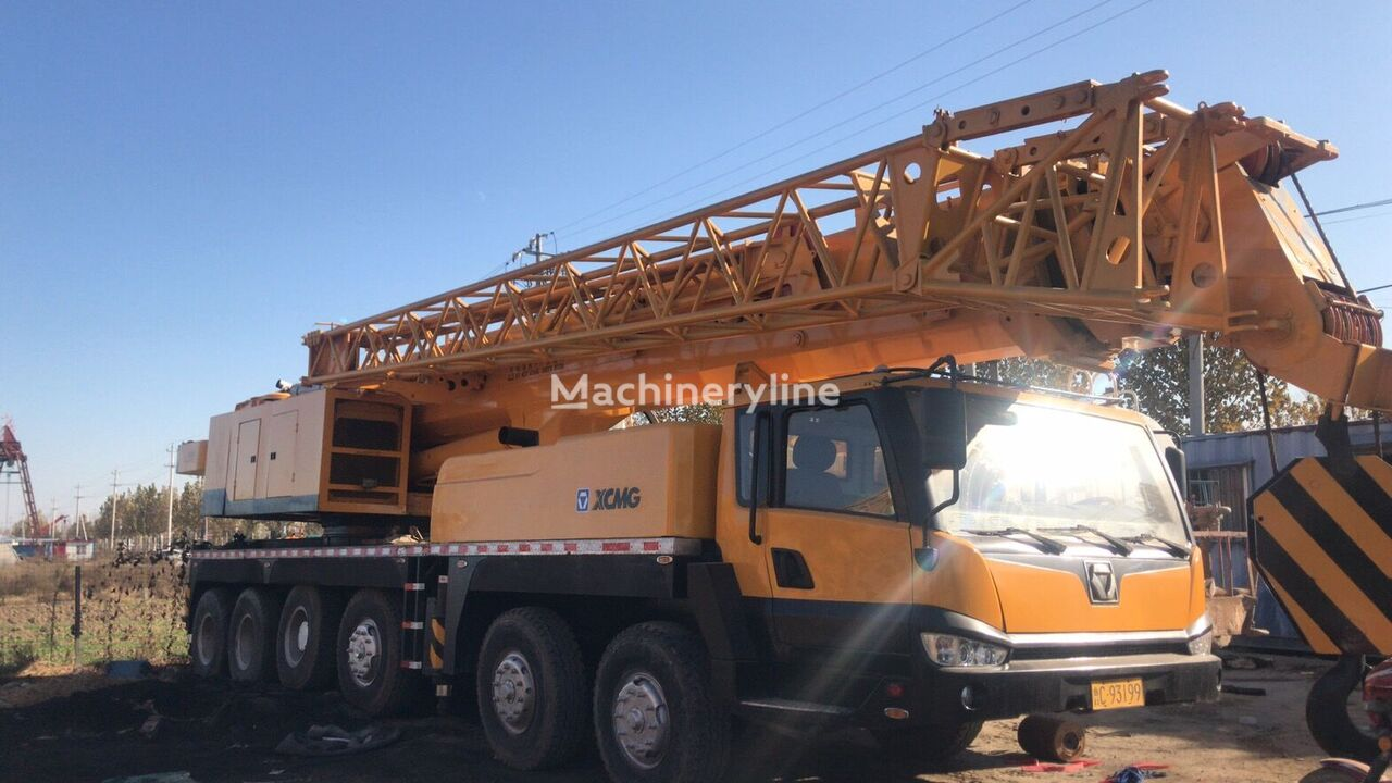 XCMG USED  XCMG  90TON  CHINA  MADE  MOBILE  CRANE grúa móvil