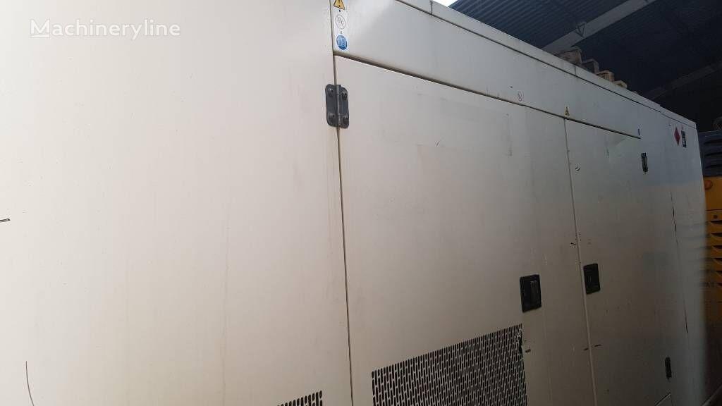 FG WILSON P350 - 350 KVA otro generador