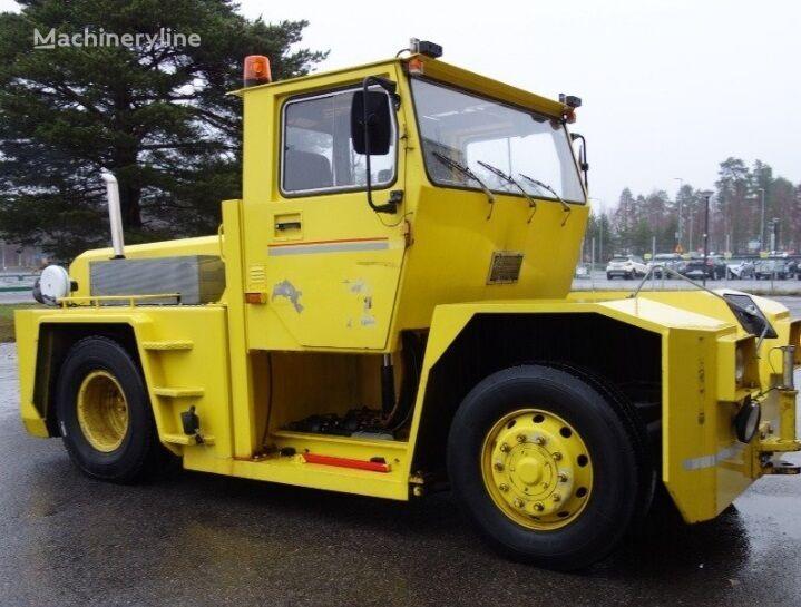 KALMAR KM 200  tractor de aviones