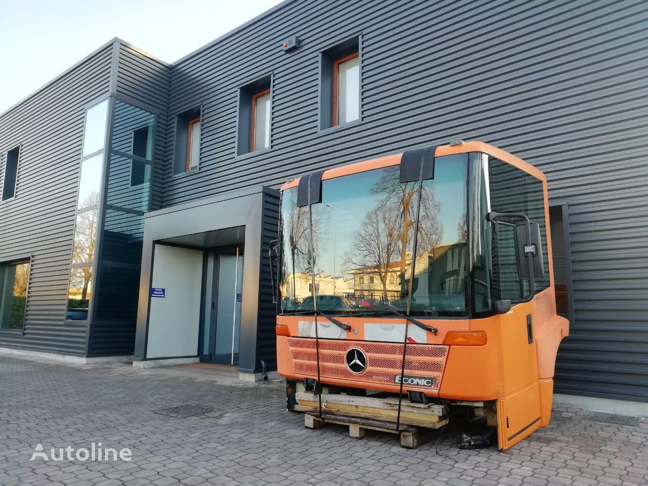 cabina para MERCEDES-BENZ ECONIC tractora