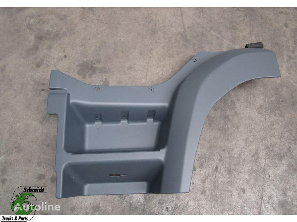 estribo DAF Instap (Links) para camión DAF CF 75 / 85